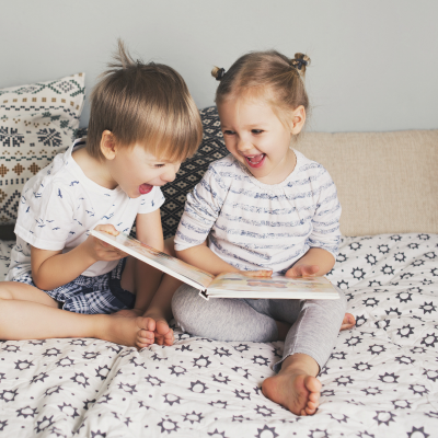Vous cherchez un livre pour enfant ? Retrouvez toutes nos sélections de livres classés par âge ou par thèmes.