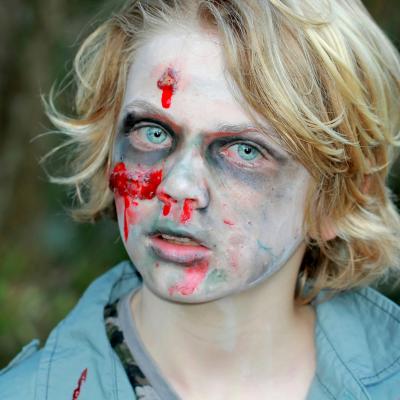Maquillage simple zombie pour enfant , Maquillage sur Tête à