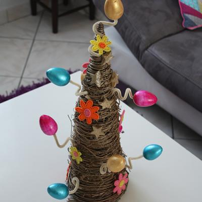 Un arbre de Pâques à fabriquer avec les enfants