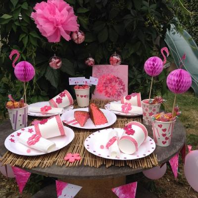 Vous organisez une Pink party ? Retrouvez toutes les étapes pour organiser un buffet d'anniversaire ou autre occasion sous le thème du rose.