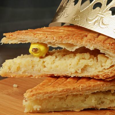 Nos astuces et bonnes adresses pour trouver une fève de la galette des rois : la tradition la plus importante de l'épiphanie.