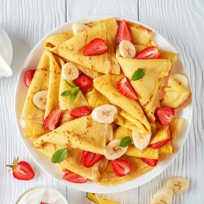 Recette de pâte à crêpes sans beurre. Découvrez comment réaliser des crêpes quand on a pas de beurre ni d'huile. Une recette délicieuse pour le Carnaval ou la Chandeleur ou pour une soirée crêpes.