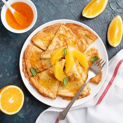 Découvrez la recette des crêpes sans lait qui vous permettra de créer une pâte à crêpes sans lait. Elles sont délicieuses et peuvent être mangées par tout le monde !