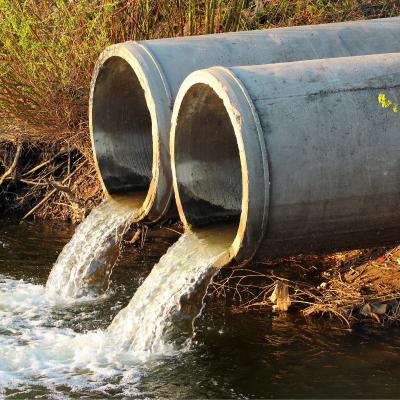 Les risques pour l'eau potable sont aussi d'origine humaine. Les pollutions liées aux rejets domestiques, agricoles ou industriels sont un danger réel pour l'eau potable, pourquoi ? Comment ?