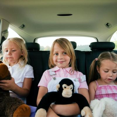 Quand les enfants commencent à s'ennuyer en voiture il est temps de les mettre en compétition et de les défier au calcul me...