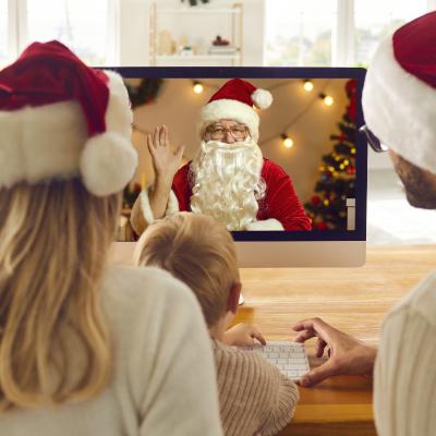 La visio avec le Père Noël est désormais possible pour les enfants. Une version moderne des rencontres au marché notamment. Retrouvez toutes nos infos pour savoir comment faire pour réserver votre visio avec le Père Noël.